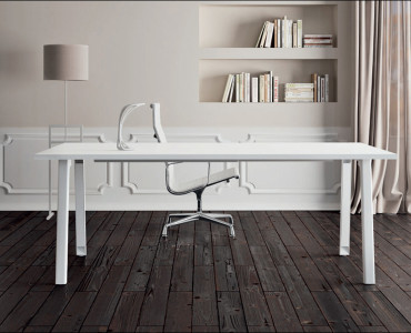 Desks Desks International Your Space Our Product